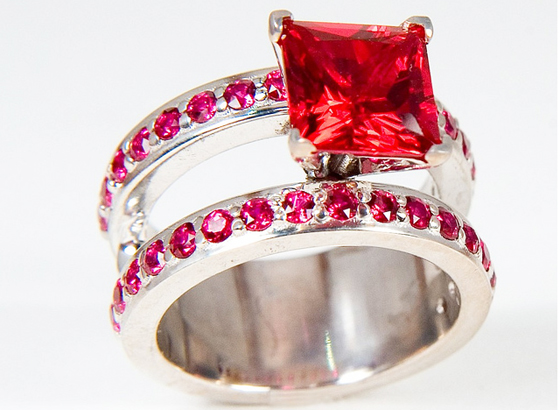 5-carat Ruby Engagement/Wedding Ring by 3BL Media, used under a Creative Commons License (http://creativecommons.org/licenses/by/2.0/legalcode)
