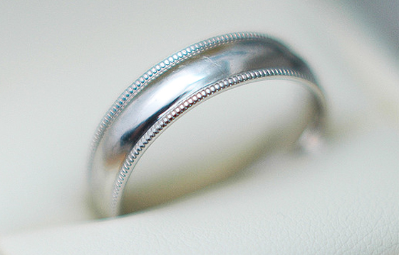 Wedding Ring by Jack Newton, Used under a Creative Commons License (http://creativecommons.org/licenses/by/2.0/legalcode)