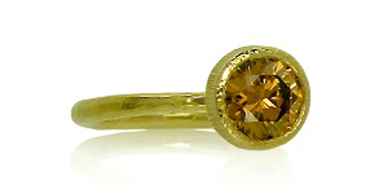 18k yellow Fairtrade gold ethical cognac diamond ring by Amanda Li Hope