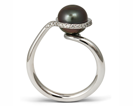 Modern Art Deco ring by Amanda Mansell