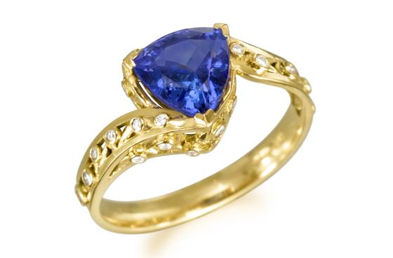 Engagement ring by Fei Liu