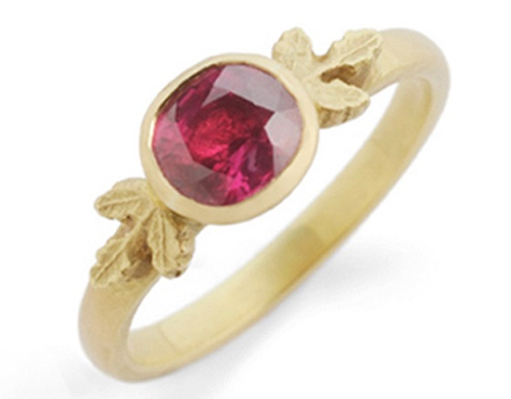 18ct yellow gold and Ruby by beth Gilmour
