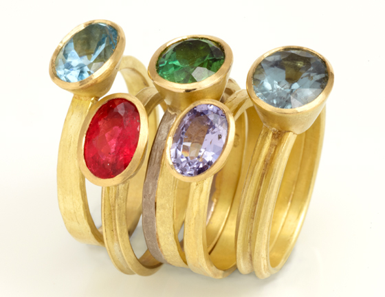 Coloured rings by  Catherine Mannheim